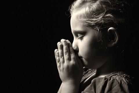Hija rezando