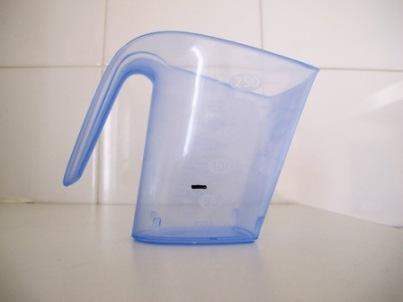 Hogares verdes cu nto detergente deber a echar en la for Cuanto pesa lavadora