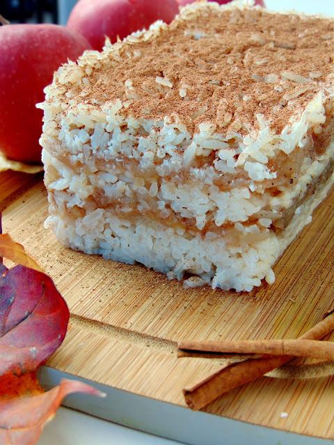 Ryż zapiekany z jabłkami i miodem