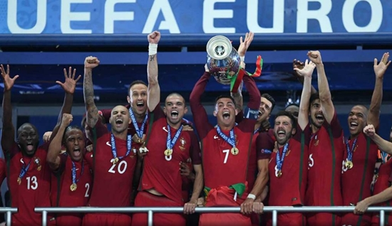 Portugal frustra a França para levar a 1ª Euro