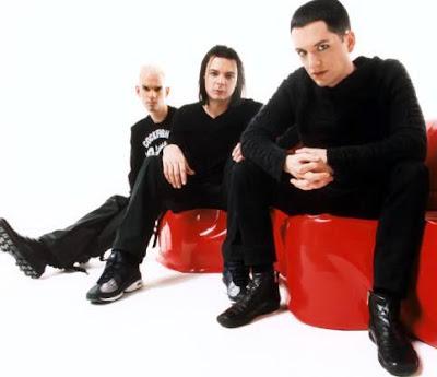 Foto de Placebo posando sentados