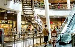 Berbelanja Dengan Sajian Pemandangan Menawan di Kalvertoren