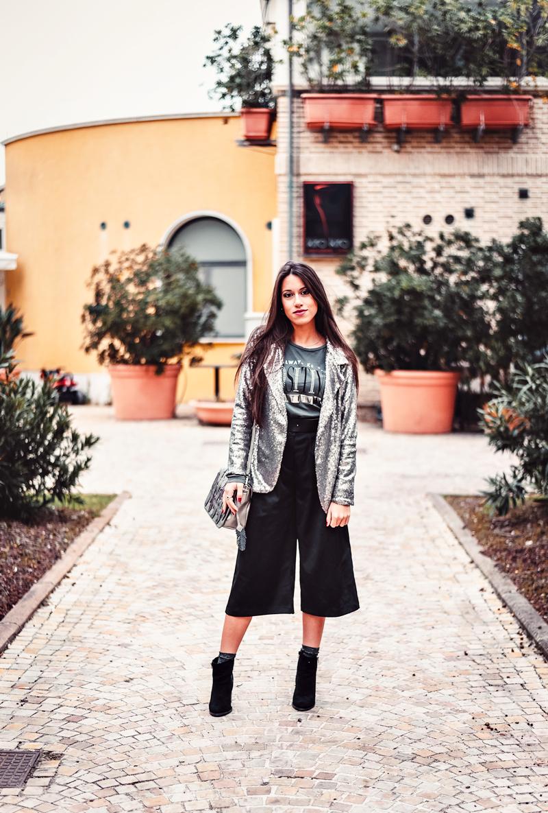 Pantaloni culotte: come abbinarli e quali sono gli errori da