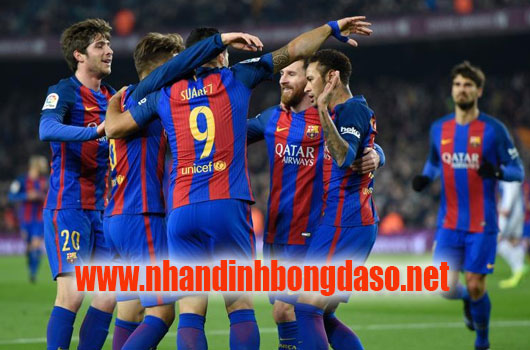 Barcelona vs AS Roma www.nhandinhbongdaso.net
