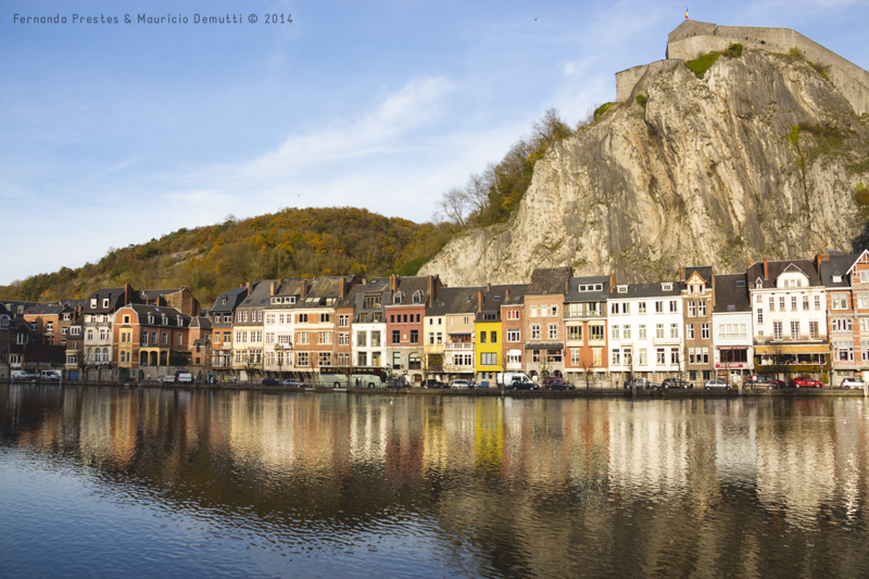 Vista da cidade de Dinant na Bélgica