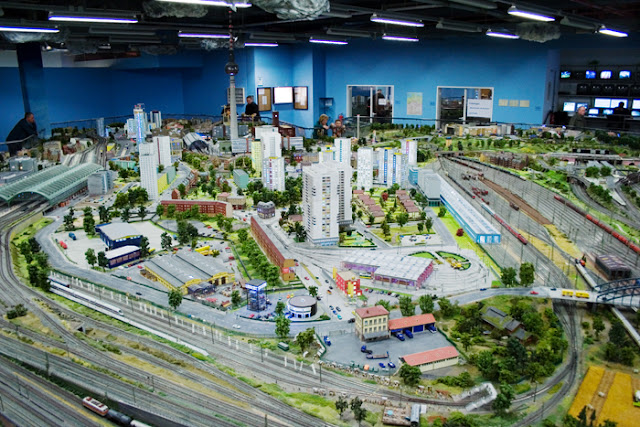 Loxx Miniature World em Berlim