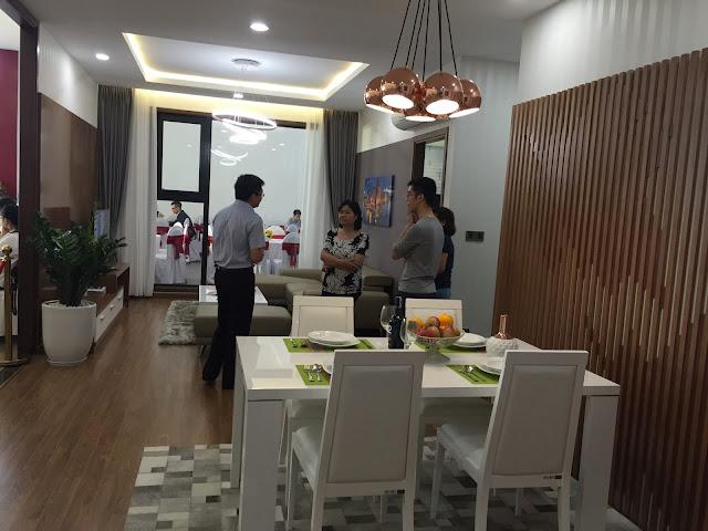 Phòng ăn và phòng khách chung cư Eco Lake View