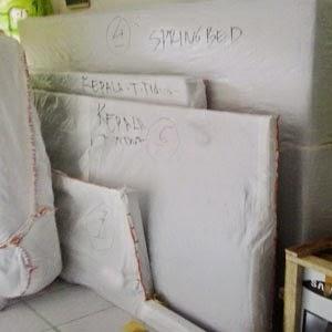 Jasa kirim springbed di Medan.