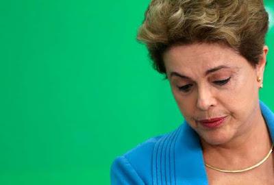 Senado aprova processo de impeachment, e Dilma é afastada