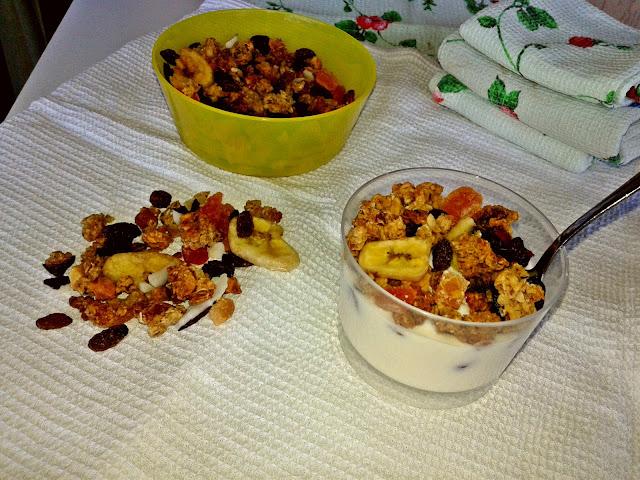рецепт здорового сніданку з вівсянки і родзинок