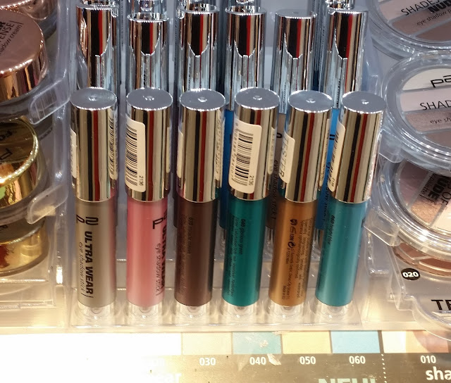 ultra wear eye shadow stick