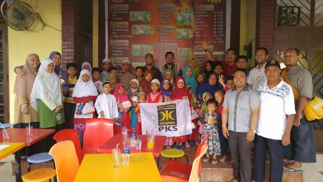 Jalankan Rumah Peduli, PKS Medan Perjuangan Berbagi dengan Anak Yatim