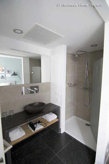 Eye Hotel, hab. 103, baño - Utrecht por El Guisante Verde Project