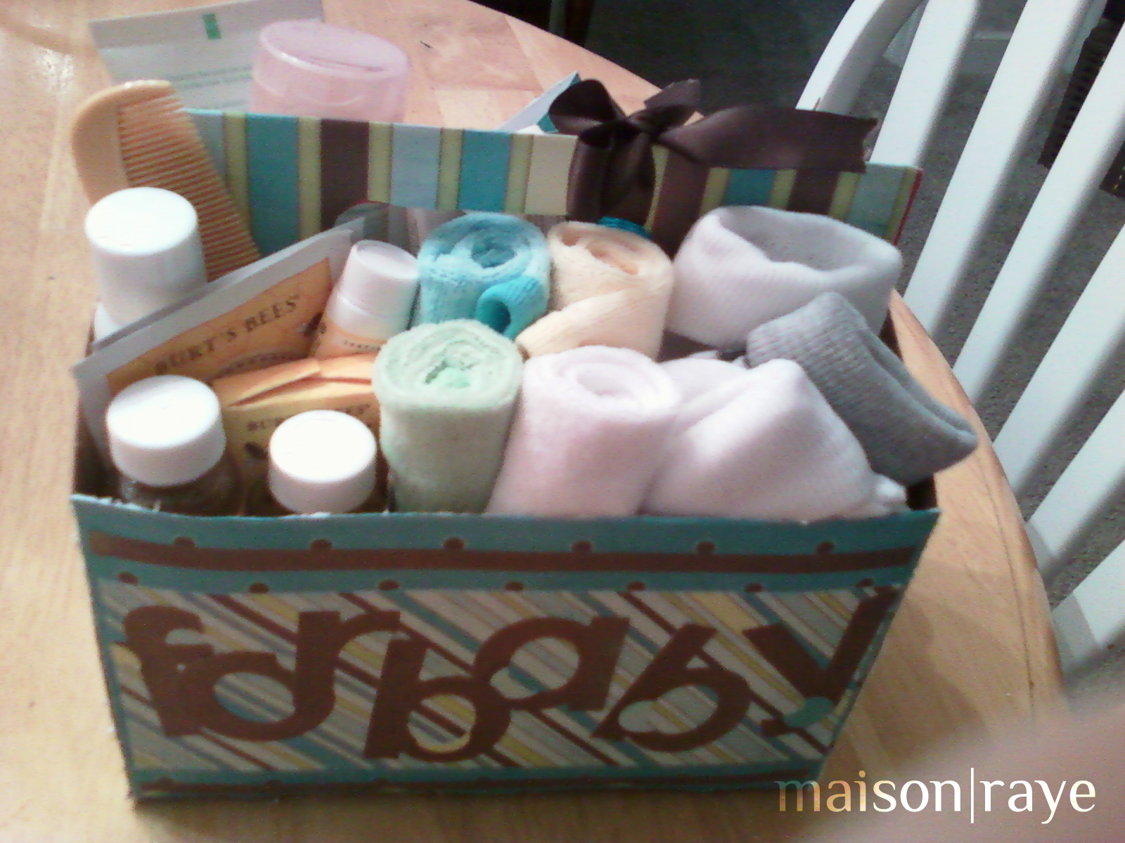 Maison Raye Diy Baby Shower Beverage Carrier Gift