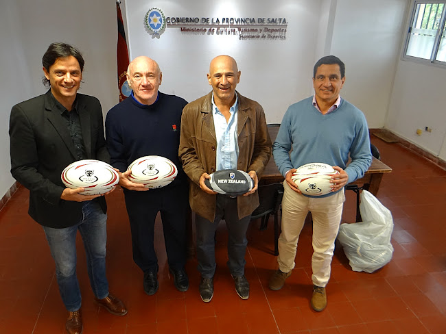 Les Cusworth visitó la Secretaría de Deportes de Salta