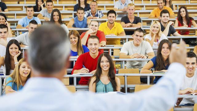 احصل الآن على الدليل الشامل الذي لا غنى عنه لكل من يود الدراسة في ألمانيا باللغتين العربية والألمانية