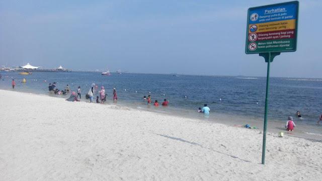 Pasir Putih Pantai Ancol