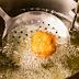 6 Tips Agar Minyak Goreng Tak Mudah Keruh dan Menghitam