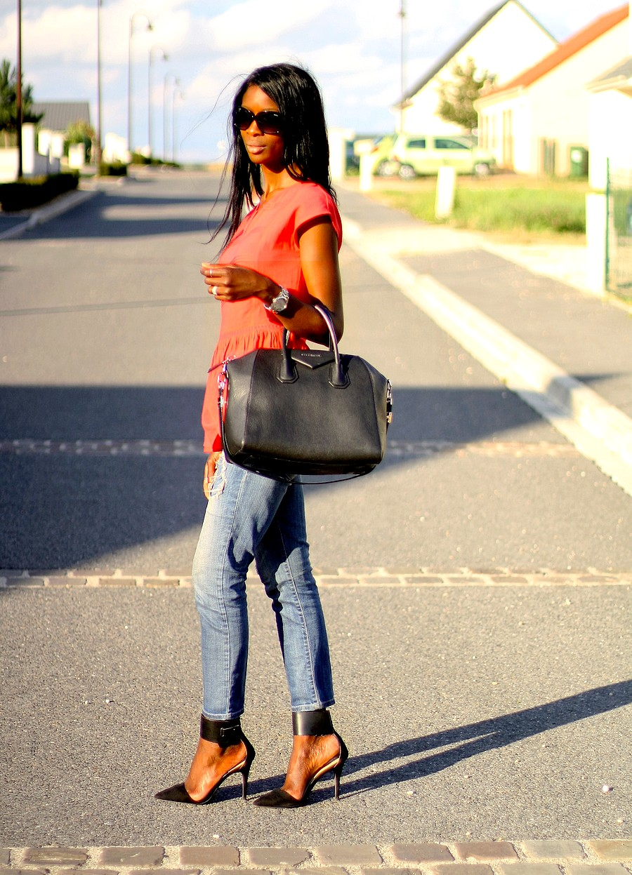 sac-givenchy-antigona-ripped-jeans-zara-red-peplum-top-blog-mode-ootd