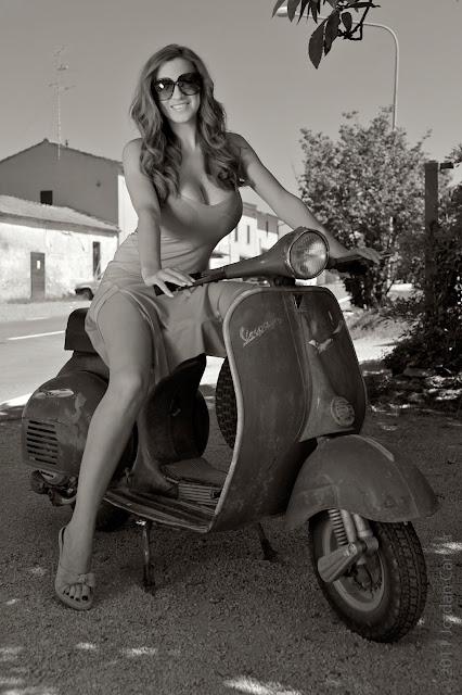 Jordan-Carver-vespa-motorcycle-photo-shoot-hd-1