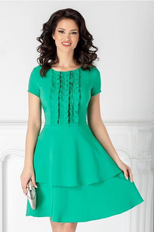 rochie verde eleganta  volane la baza  volane la bust  croi clos  maneci scurte