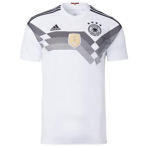 bfa1c2baf Jersey timnas Jerman masih diproduksi oleh Adidas. Warna putih yang menjadi  ciri khas Nationalelf tetap mendominasi seragam tersebut