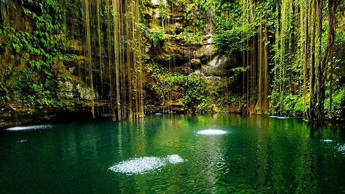 Nguồn nước trên núi, vùng nước ít chuyển động