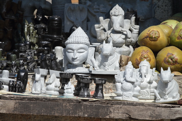 Souvenirs made out of Shravanabelagola stone on display in front of the temple