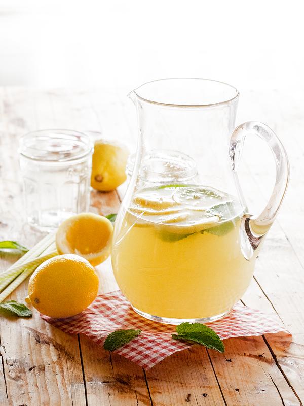 limonada-de-jengibre-y-hierbabuena