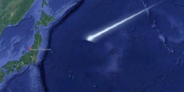 Παράξενο πράσινο αντικείμενο πάνω από την Ιαπωνία [Βίντεο]