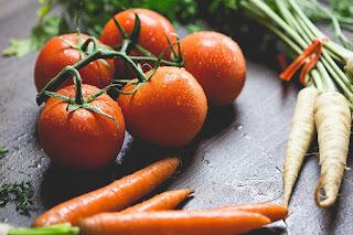Czerwone pomidorki koktajlowe