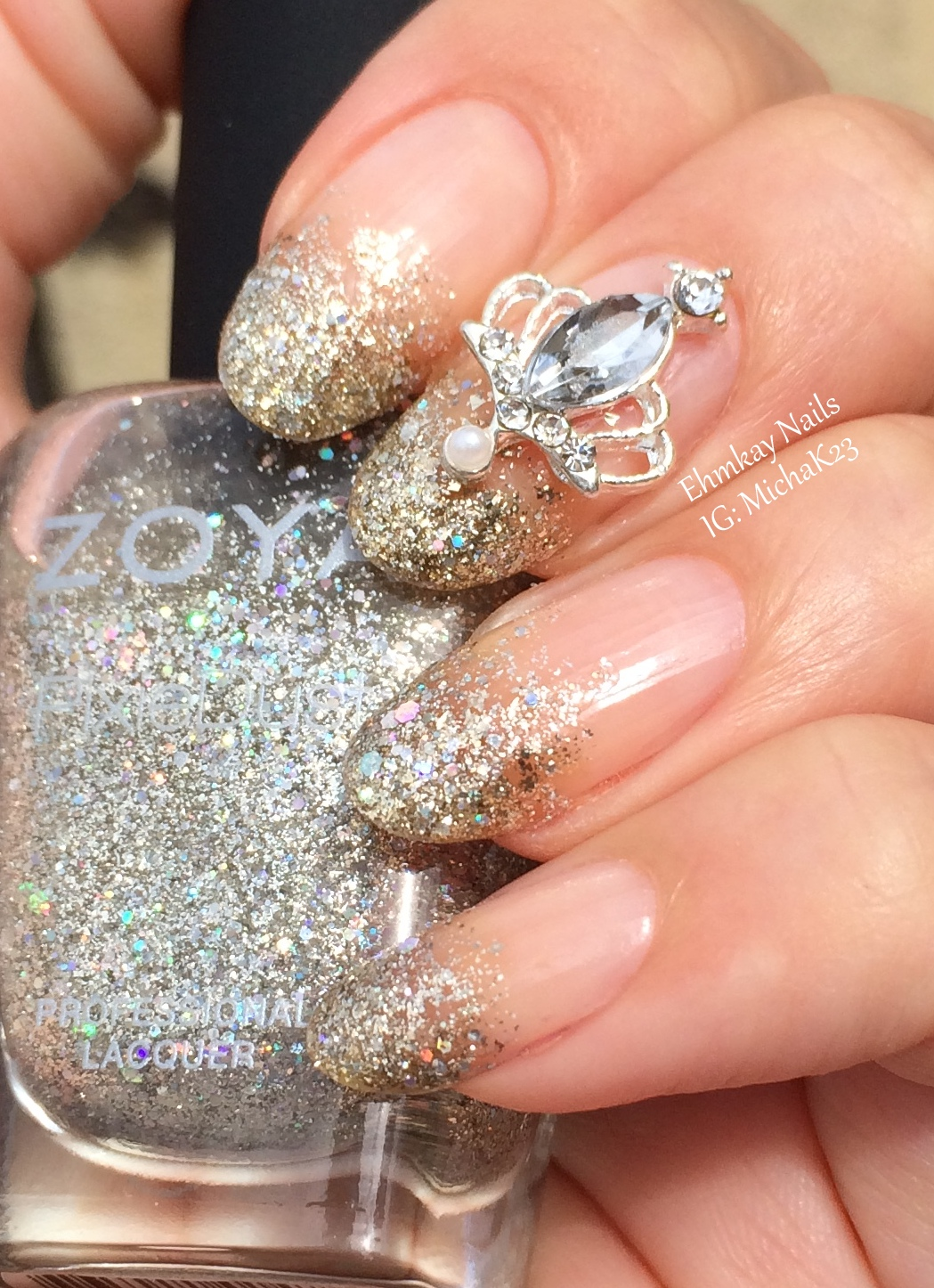 ehmkay nails: Lady Queen Nail Jewelry: Queen\'s Crown