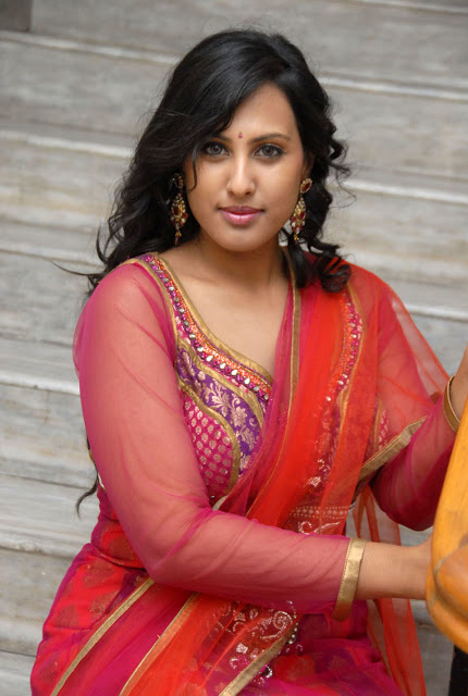 Indian Actress Hot Pics Indian Hot Aunty Boobs Pics-8545