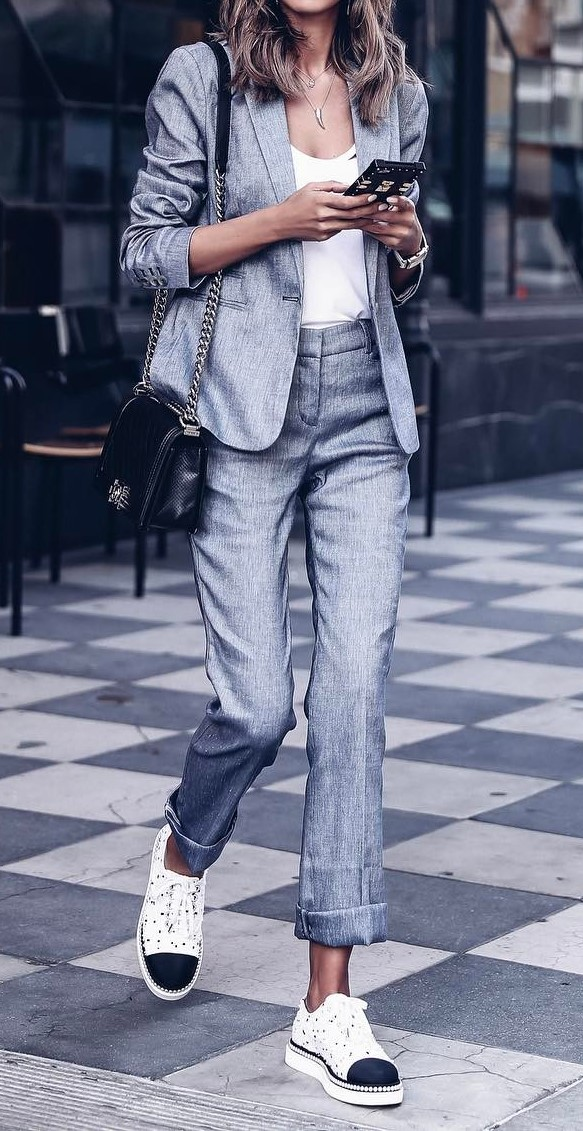 summer office style outfit: gray suit + top + bag