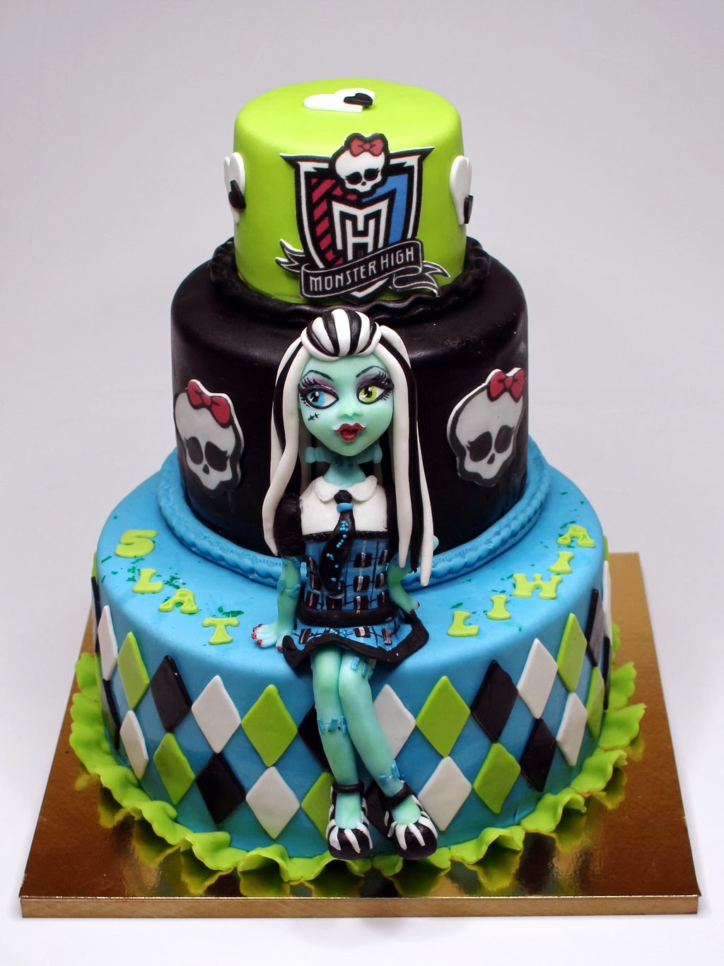 Best Birthday Cakes In Chelsea Best Monster High Cakes In