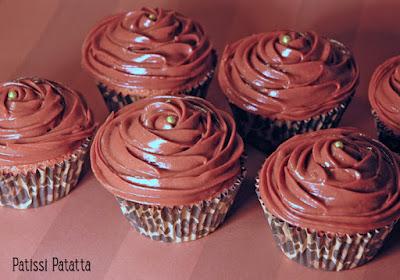 cupcakes régressifs, crème au nutella, gâteau aux carambars, délicious cupcakes, patissi-patatta