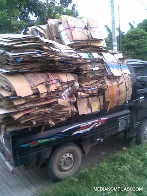 Peluang Bisnis Limbah Kardus Keuntungan Menggiurkan