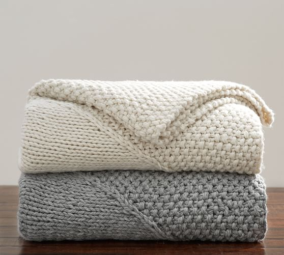 https://api.shopstyle.com/action/apiVisitRetailer?url=http%3A%2F%2Fwww.potterybarn.com%2Fproducts%2Foversized-chunky-diamond-knit-throw%2F%3Fcm_src%3DAutoCSLPIP&pid=uid6025-31835605-21