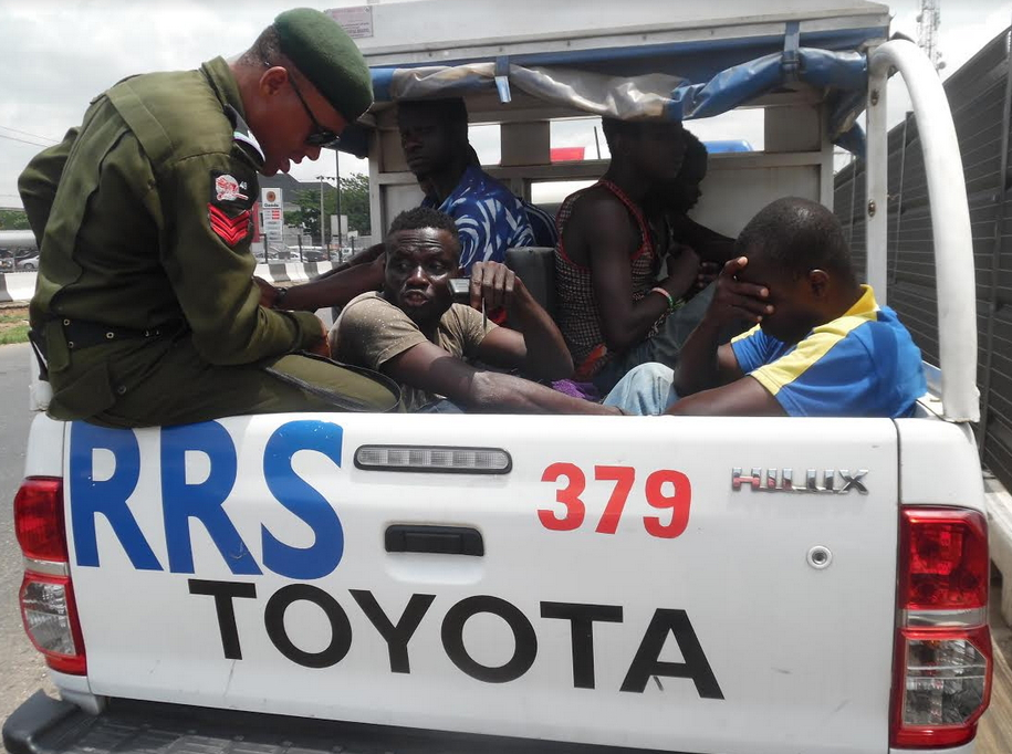 lagos rrs arrest thugs traffic gridlock