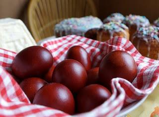 Мастер-классы и идеи по окраске яиц, Декупаж вареных яиц на крахмале, Значения символов, используемых при росписи пасхальных яиц, Кружевные пасхальные яйца, Мозаичные пасхальные яйца, Окрашивание яиц луковой шелухой, Окрашивание яиц натуральными красками, Окрашивание яиц с помощью пены для бритья, Разноцветные яйца со спиральными разводами, Секреты подготовки и окрашивания пасхальных яиц, Яйца «в крапинку», Яйца с растительным рисунком, как покрасить пасхальные яйца в домашних условиях, чем покрасить яйца на Пасху, пасхальные яйца фото, пасхальные яйца картинки, пасхпльные яйца крашенки, пасхальные яйца писанки, красивые пасхальные яйца своими руками, методи окрашивания пасхальных яиц, как покрасить яйца, когда красят яйца, чем красят яйца, пасхальные традиии, Секреты подготовки и окрашивания пасхальных яиц, Символика рисунков на пасхальных яйцах, яйца пасхальные, стол пасхальный, декор пасхальный, яйца, украшение яиц, декор яиц, Пасха, советы, мастер-класс, рекомендации, идеи пасхальные, http://eda.parafraz.space/, Окрашивание яиц луковой шелухой
