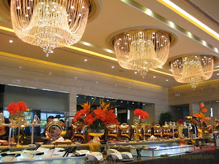 Chandeliers above the buffet at Buffet 101 MoA Manila
