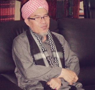 https://dayahguci.blogspot.com/2017/08/abu-mudi13-ciri-ciri-ahlus-sunnah-wal.html