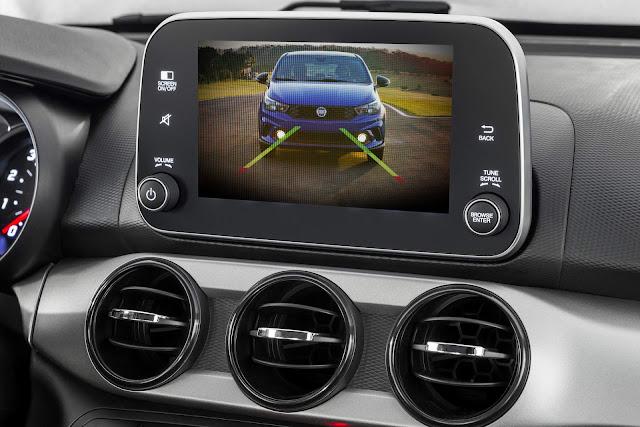 Fiat Argo 1.3 GSR - Interior - câmera de ré