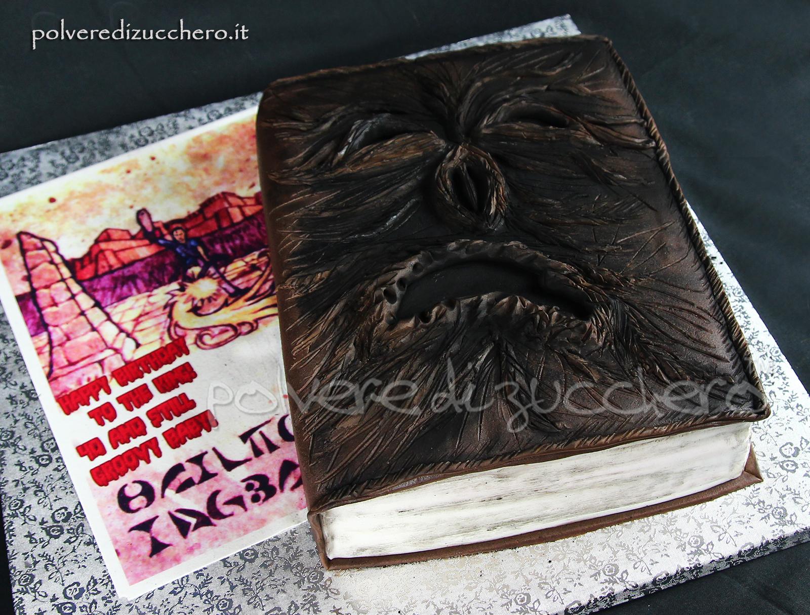 torta decorata cake design pasta di zucchero fondant polvere di zucchero necronomicon ex mortis Ash Vs Evil dead la casa the house compleanno book cake