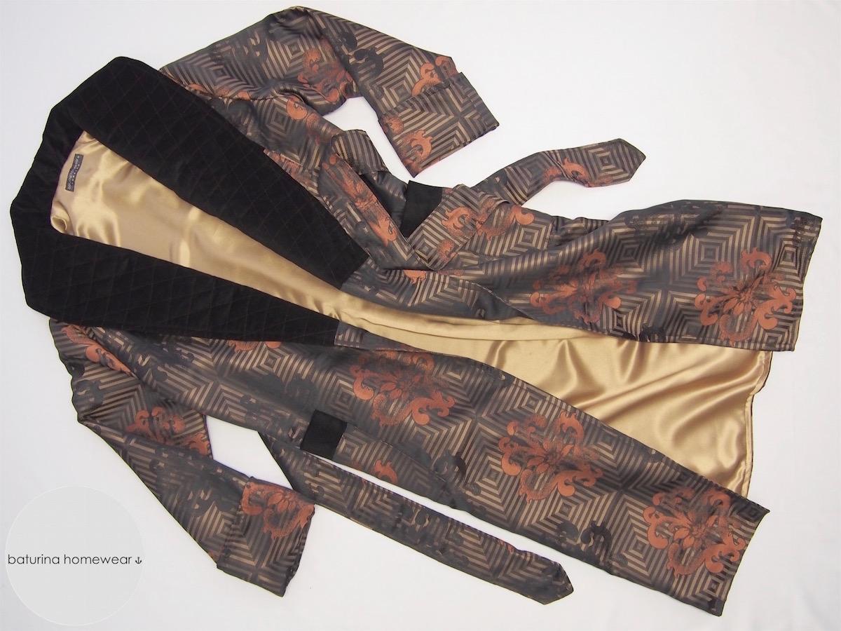 Men's Jacquard Silk Velvet Robe In Gold And Black Baroque