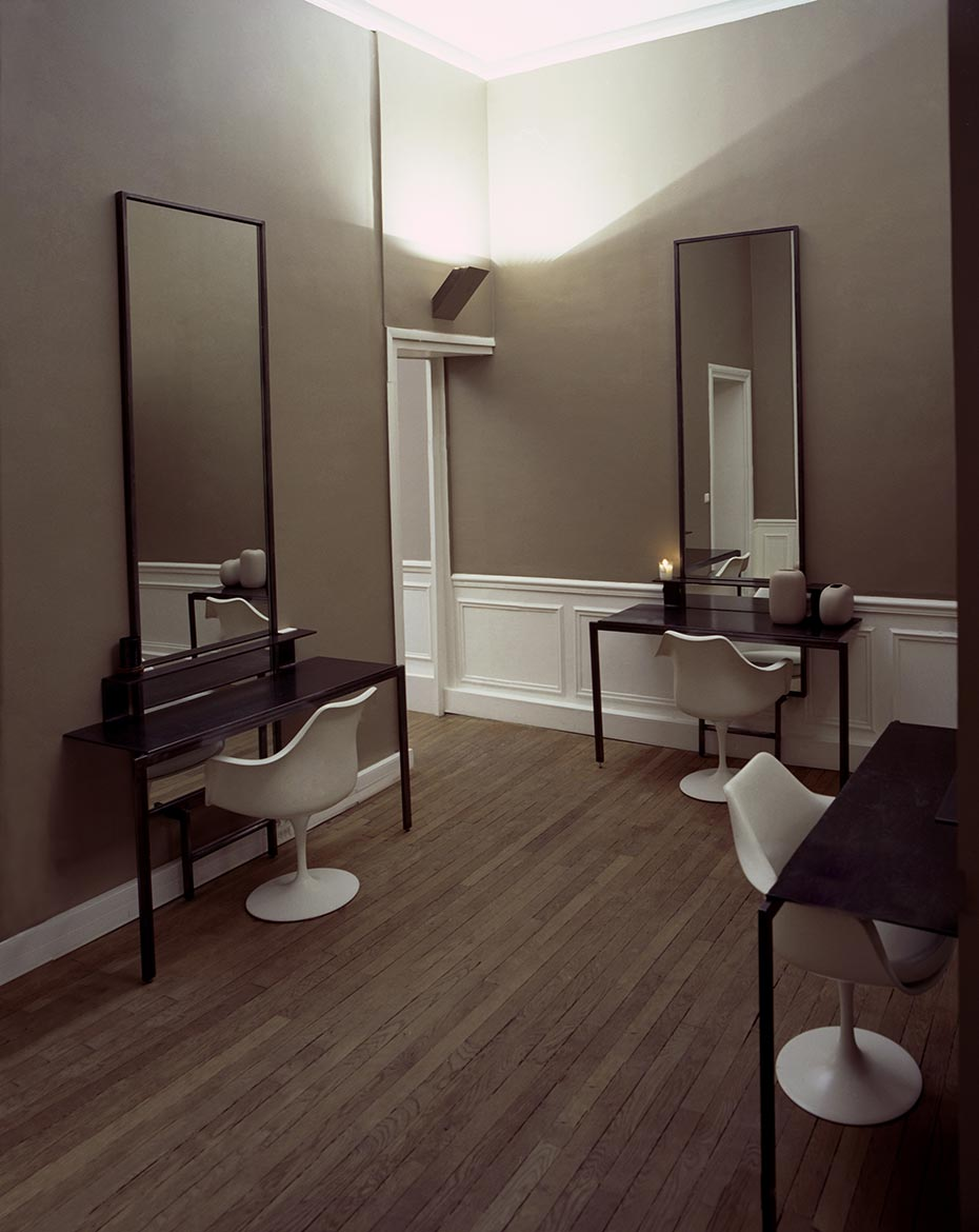 oko design blog david mallet hair salon in paris. Black Bedroom Furniture Sets. Home Design Ideas