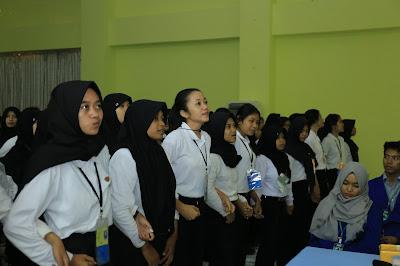 pelatihan stt-pln, motivator stt-pln, motivator kampus, motivator mahasiswa, motivator indonesia, training motivasi, motivator nasional, motivator terbaik, edvan m kautsar, Training Motivasi & Service Excellence
