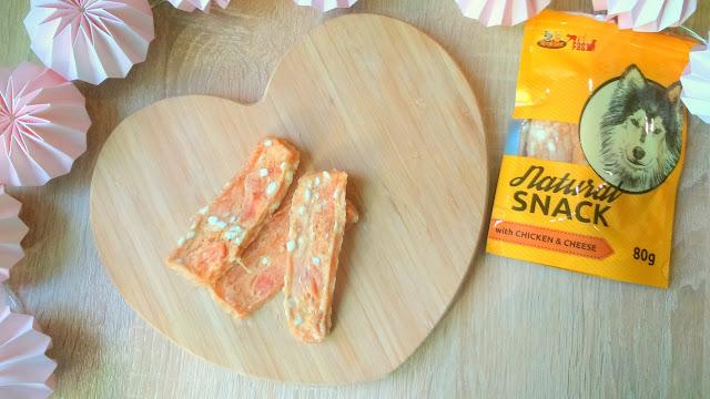 krakvet natural snack przysmak dla psa z kawałkami kurczaka i sera