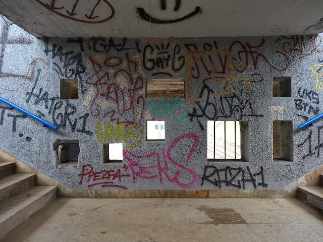 """Warszawa Ochota """"Graffiti"""" PKP"""