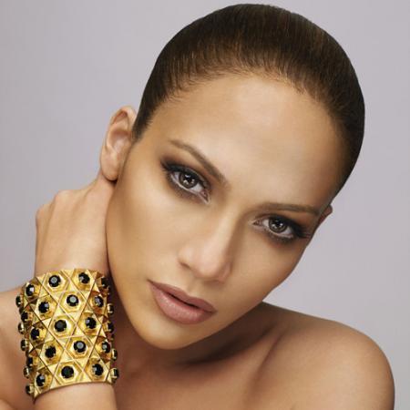 A New Life Hartz Top Stylist Appearance Of Jennifer Lopez
